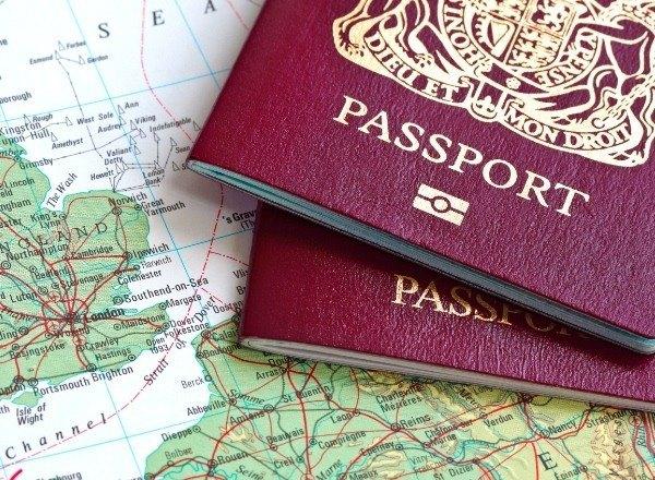 Consulados en Madrid cambian sus horarios en verano
