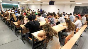 ¿Sabes qué tipo de permiso solicitar si decides estudiar en España?
